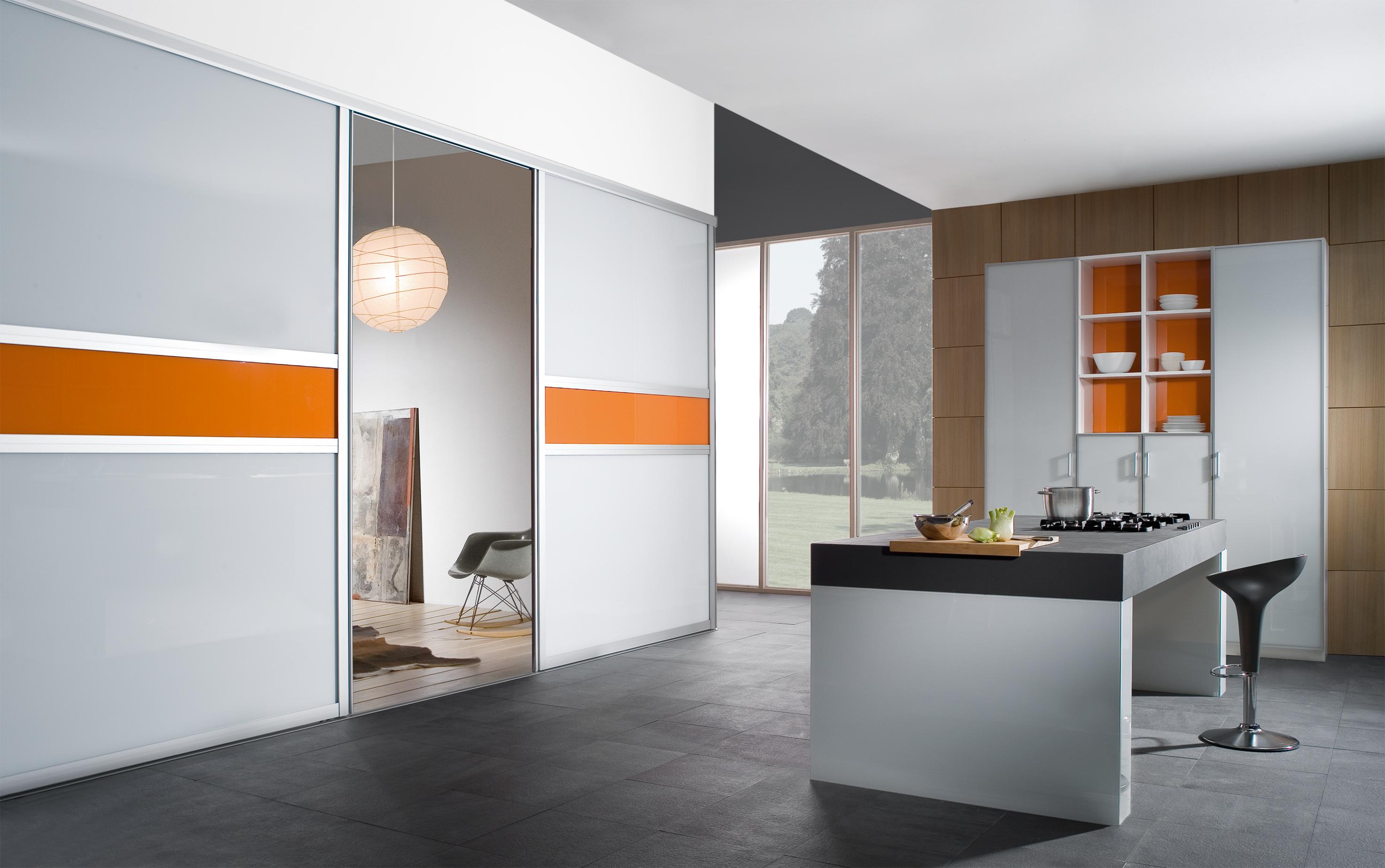 schiebewand trennwand massgenau einrichten. Black Bedroom Furniture Sets. Home Design Ideas