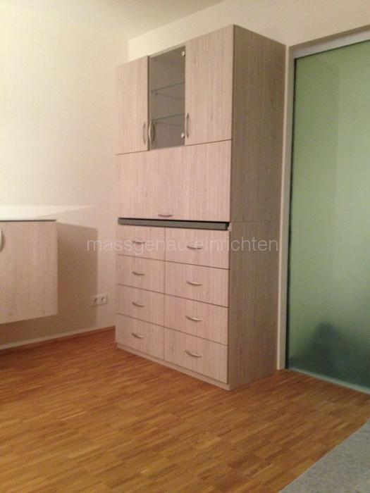schrank mit bar cool schrank zuhause umbau von f c r nkekisten sch n geniale ideen with schrank. Black Bedroom Furniture Sets. Home Design Ideas