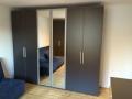 individueller Kleiderschrank mit Spiegeltüren